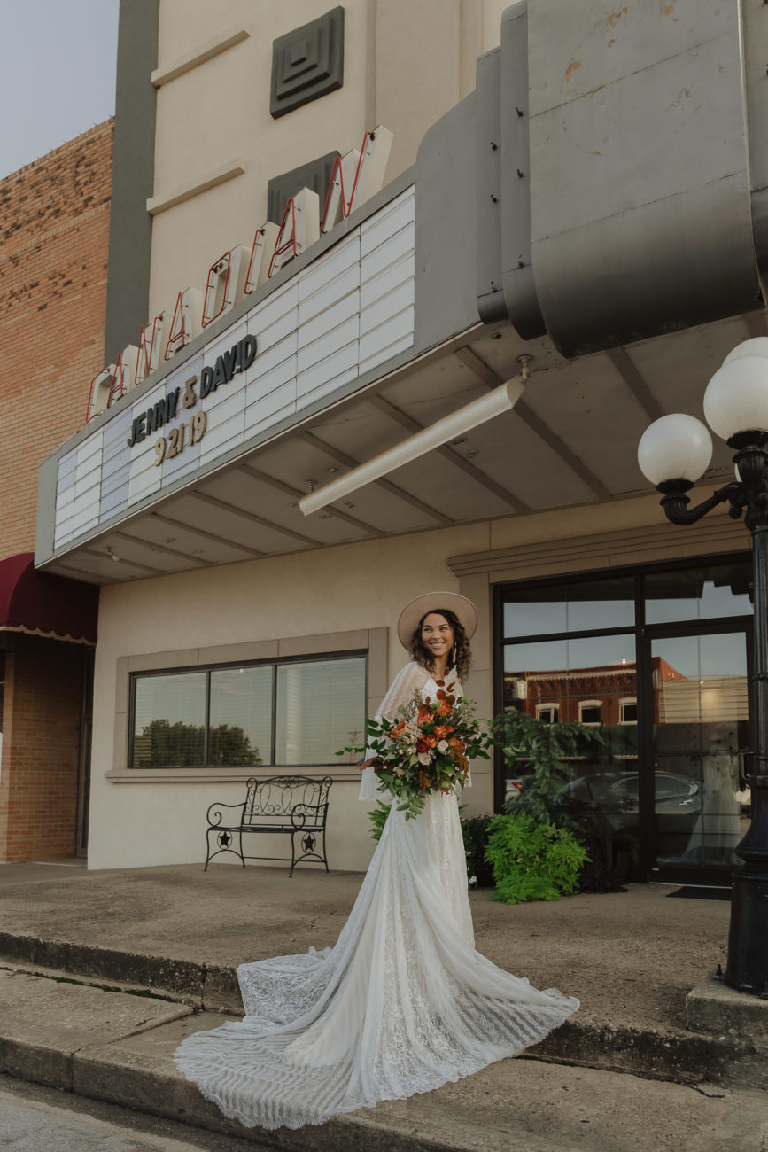 grand-canadian-theater-bridal-session-photographer