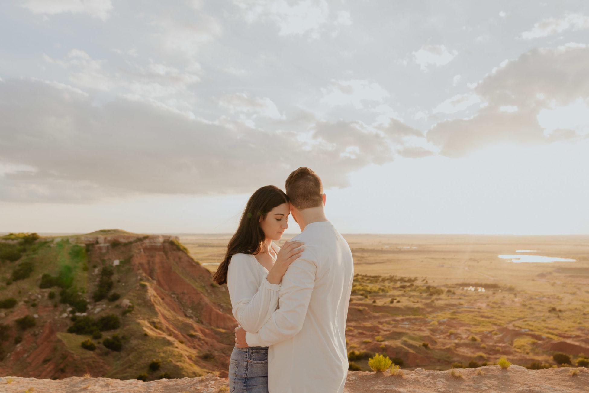 gloss-mountain-sunset-engagement-photo-oklahoma-photographer
