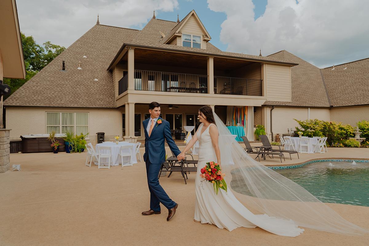 janeway-estate-wedding-colorful-pool-summer-tulsa-wedding-photographer-jordan-taylor