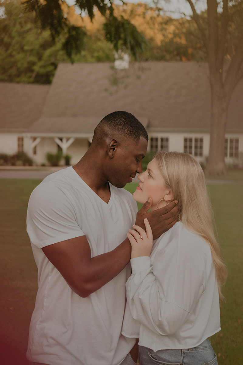 spain-ranch-engagement-session-interacial-couple-white-matching-outfits-tulsa-wedding-photographer