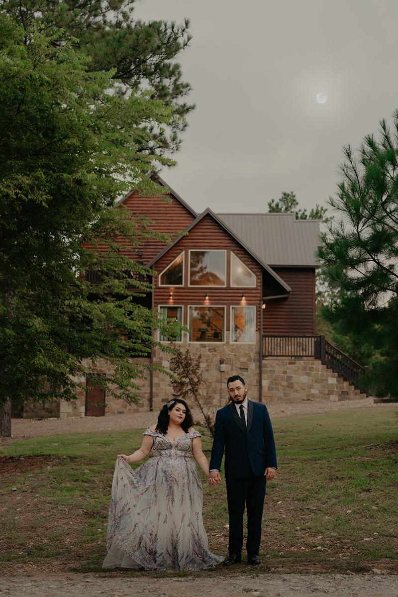 Broken-Bow-Beavers-Bend-State-Park-Cabin-Elopement-Wedding