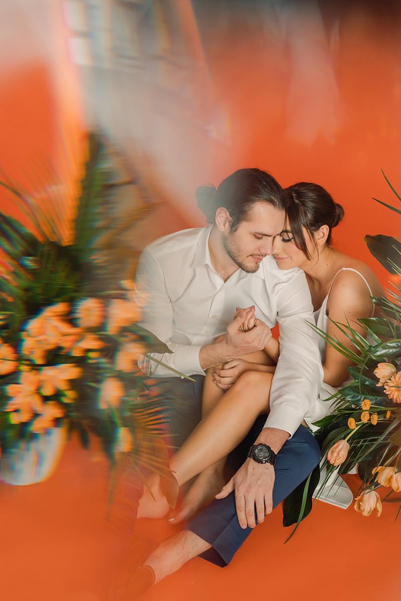engagement-session-studio-orange-blue-tropical-vintage-tiki-wedding-photographer-styled