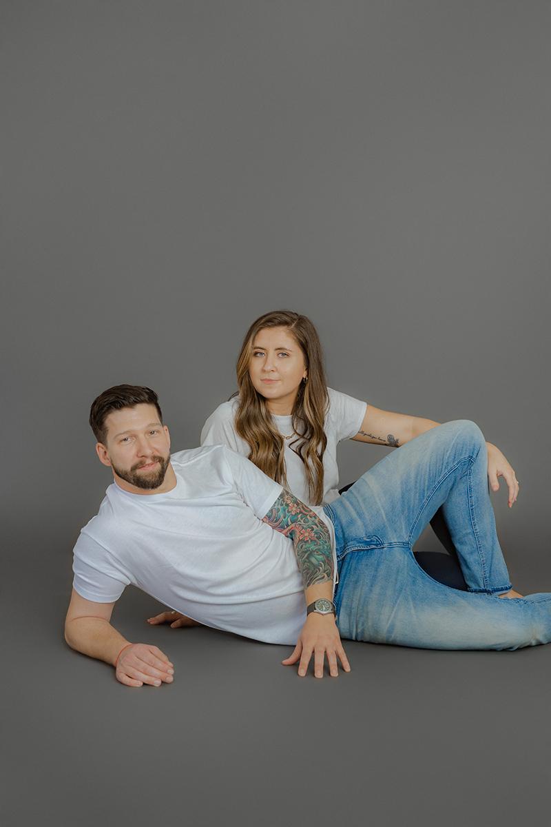 Minimalistic-Studio-Couple-Engagement-Session-White-Tshirts-neutral-charcoal-grey-backdrop-seattle-photographer